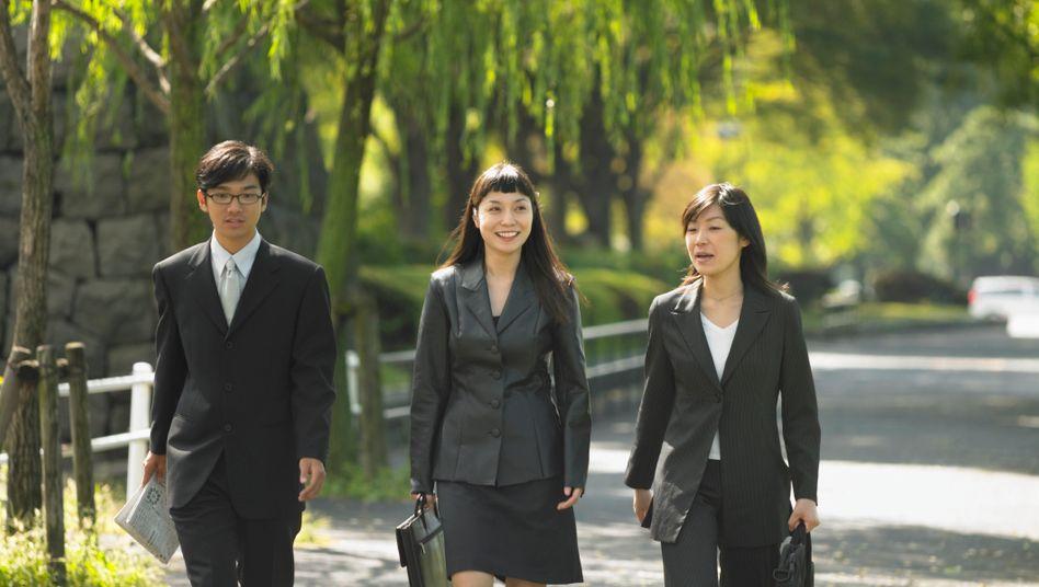 Japanische Managerinnen: In der von Männern dominierten Wirtschaft des Inselstaates sind sie die Ausnahme, doch das soll sich ändern