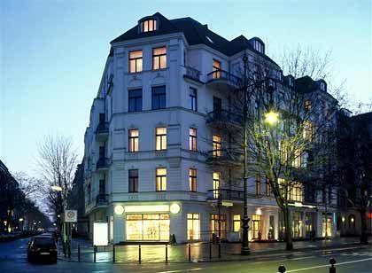 """Bürger-Haus: Das Suitenhotel """"Louisa's Place"""" am Ku'damm verströmt den Charme des Privaten, selbst beim Wecken."""