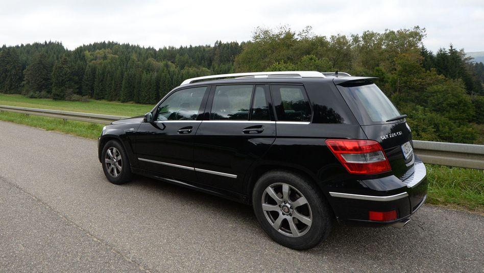 """Mercedes GLK 220 CDI : Auch in diesem Modell soll Daimler eiine """"unzulässige Abschaltvorrichtung"""" eingesetzt haben. Das Kraftfahrt-Bundesamt KBA hat eine Untersuchung eingeleitet"""