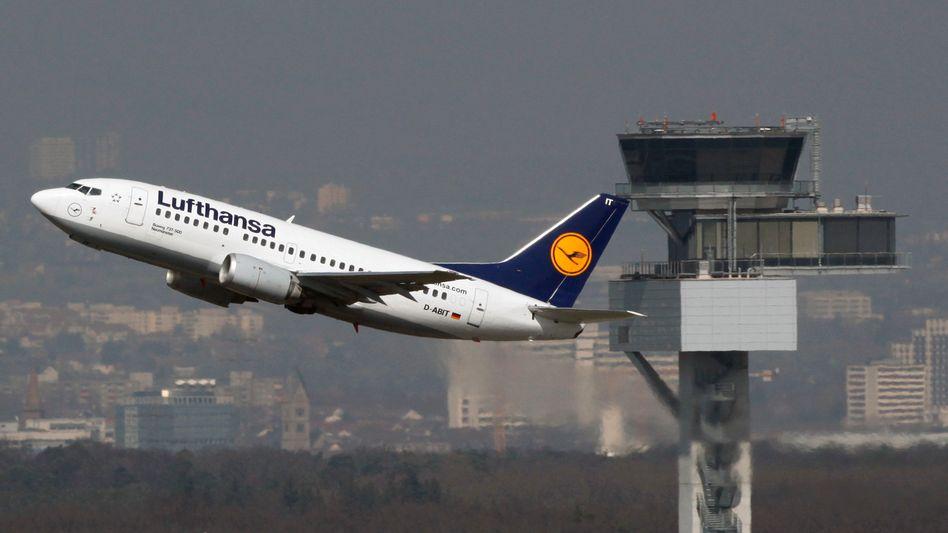 Lufthansa-Maschine in Frankfurt: Die deutsche Fluggesellschaft will angeblich mit der Turkish Airline zusammengehen