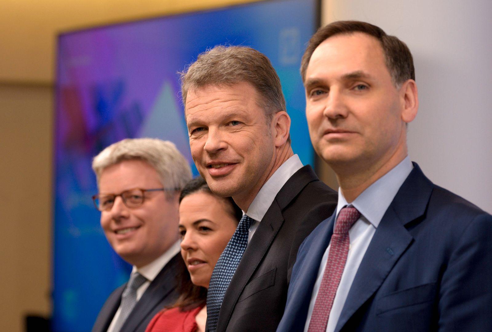 Bilanzpressekonferenz der Deutsche Bank AG am 30.01.2020 : Fabrizio CAMPELLI , Christiana RILEY , Christian SEWING , Jam