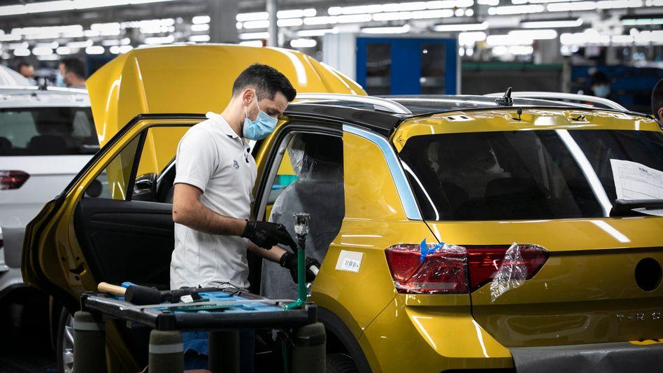 Humankapital: Bei Volkswagen sollen die Mitarbeiterinnen und Mitarbeiter in Zentren auf dem Werksgelände geimpft werden.