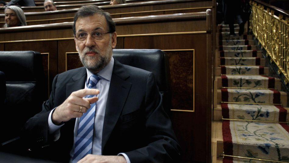 Spaniens Premier Mariano Rajoy: Im ersten Jahr seiner Amtszeit ist die Staatsverschuldung um 400 Millionen Euro gestiegen - pro Tag