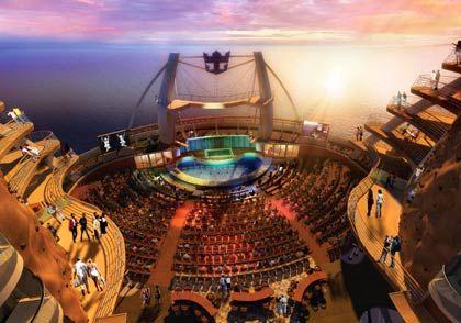 Neue Dimensionen am Heck: Das große AquaTheater - hier noch als Computeranimation - gehört zu den Innovationen an Bord