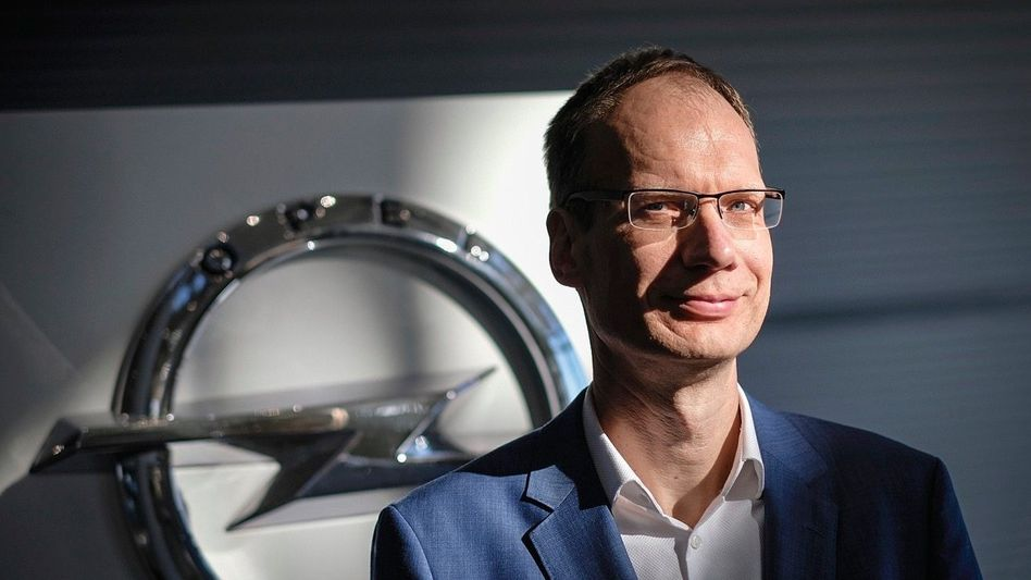 Häuptling kleiner Blitz: Michael Lohscheller (52) führt Opel seit der PSA-Übernahme im Jahr 2017. Opel macht Gewinn, schrumpfte aber
