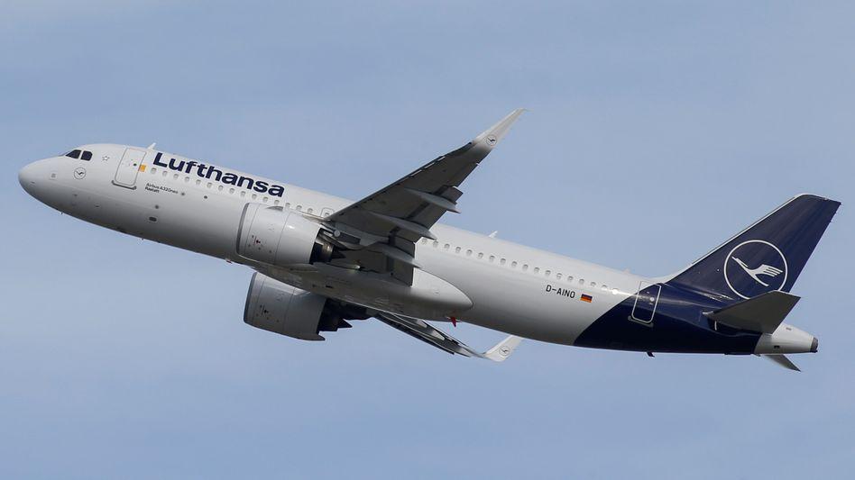 Lufthansa: Chef Spohr verschärft den Stellenabbau