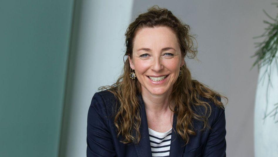 Kamera läuft! Diana Iljine ist Star in Eigenregie und Geschäftsführerin. Sie leitet das Filmfest München, einen der wichtigsten internationalen Treffpunkte für die Branche wie für die Fans