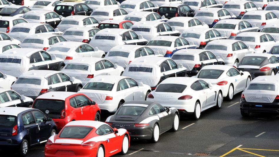 """Exportwagen in Emden: """"Schafft die Zölle ab und setzt auf beiden Seiten gegenseitige Standards"""""""