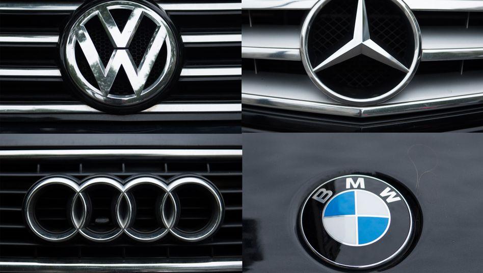 Volkswagen, Daimler und BMW sind in punkto Gewinn von Toyota abgehängt. Doch niemand investiert derzeit so viel in Forschung und Entwicklung wie die deutschen Autobauer