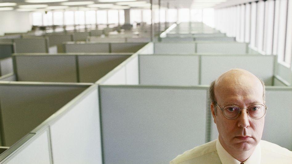 Angestellter im Büro: Ohne Routine geht gar nichts