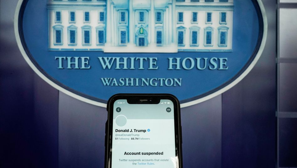 """Gesperrtes Twitterkonto von Donald Trump: """"Risiko weiterer Anstiftung zur Gewalt"""""""
