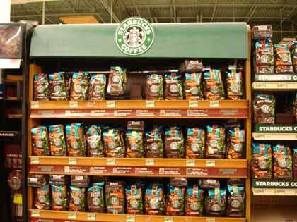 "Trend ""Das Regal regiert"": Starbucks-Regal"