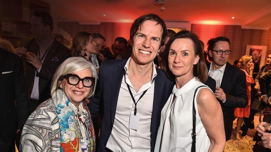 Here Comes the Sun: Alexander Samwer mit Audi-Vorständin Hildegard Wortmann (r.) und Steffi Czerny (DLD)