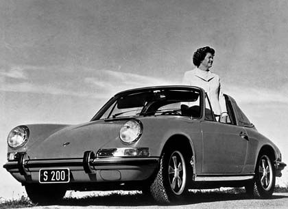 Favorit des Clans: Der von F.A. Porsche designte 911, hier gefahren von der damaligen Holding-Chefin Louise Piëch