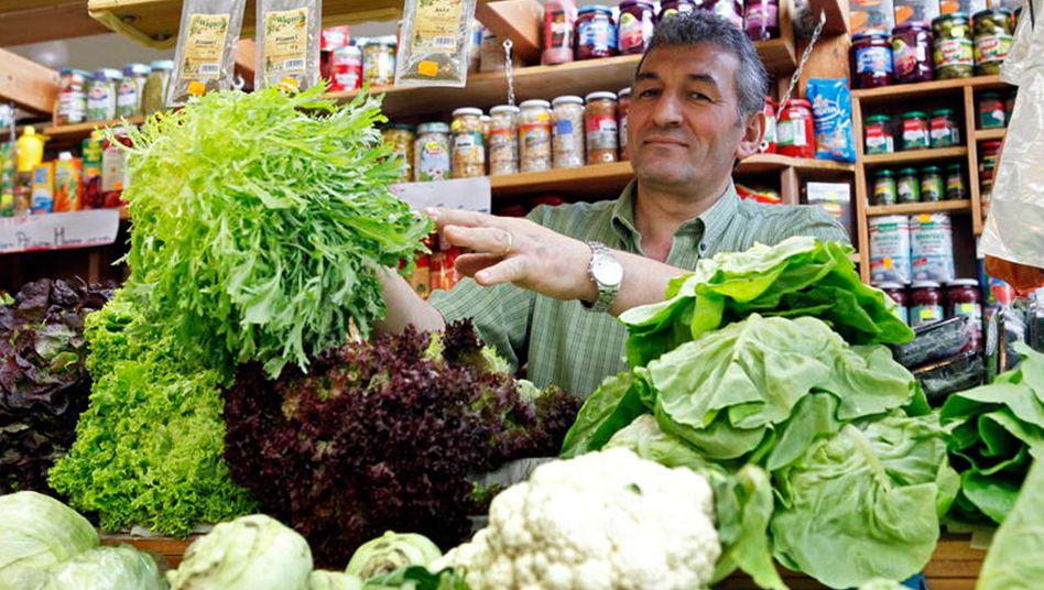 Lebensmittelhändler in Frankfurt: Knapp 870.000 Menschen mit ausländischen Wurzeln gründeten 2013 in Deutschland ein Unternehmen