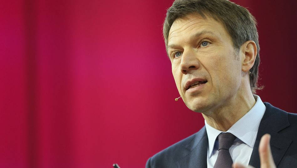 """Telekom-Chef Obermann: """"Für alle schneller, für weniger teurer"""""""
