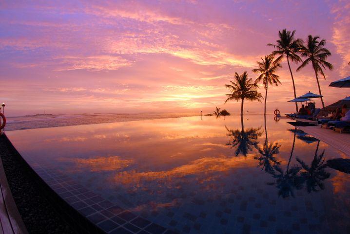 """Kitsch pur: Sonnenuntergänge auf den Malediven wie hier im """"Anantara Veli"""" sind einfach traumhaft."""