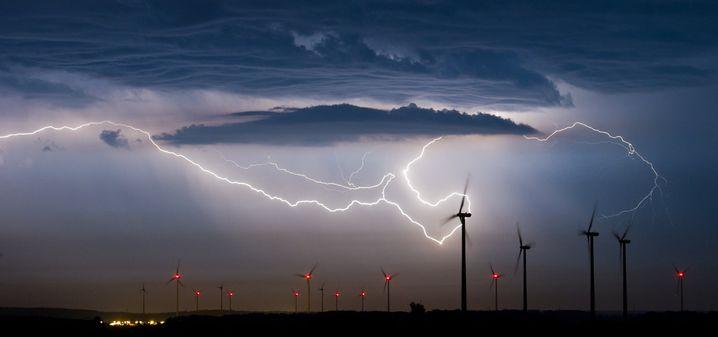 Windpark in Brandenburg: Die Windkraftindustrie ist nicht mehr nur Angreifer, sondern wird verstärkt selbst angegriffen