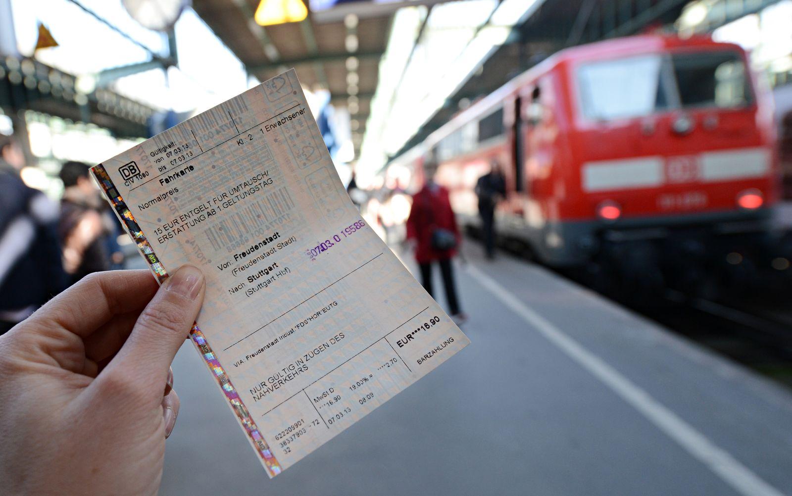 Bahn-Ticket
