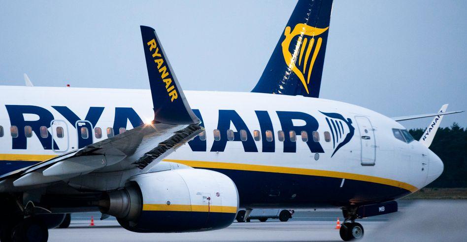 Gestiegene Kosten für Treibstoff, Flughafengebühren und Personal konnten letztlich das Umsatzplus nicht auffangen und drückten letztlich den Gewinn von Rynaair