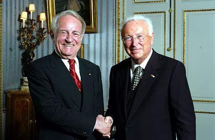 Heinz-Horst Deichmann (r.) an der Seite des Bundespräsidenten