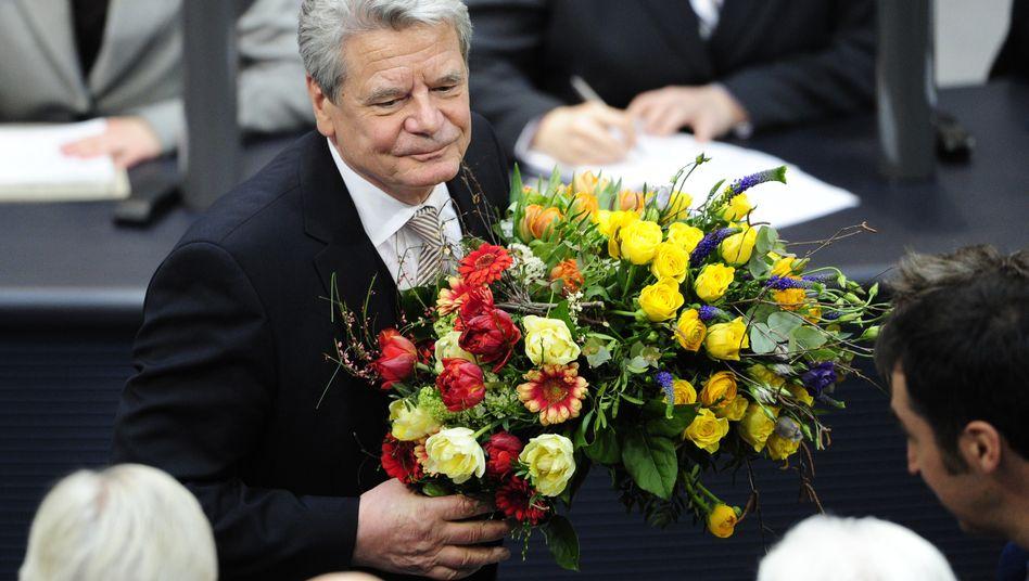 """""""Was für ein schöner Sonntag"""": Blumen nach der Wahl, Joachim Gauck ist neuer Bundespräsident"""