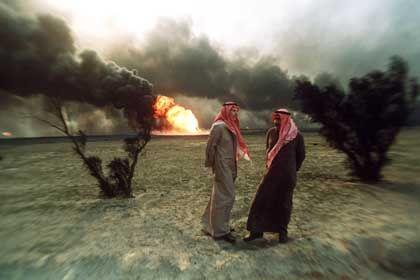 Nun sollen deutsche Firmen haften: Brennende Ölquellen in Kuweit 1991