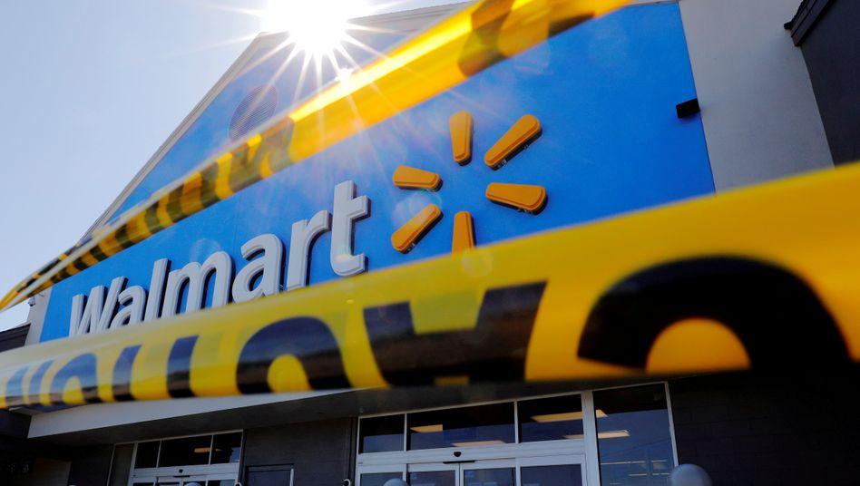 Zwischenzeitlich geschlossener Walmart-Markt in den USA. Die Online-Verkäufe des US-Lebensmittelriesen haben sich im zweiten Quartal nahezu verdoppelt