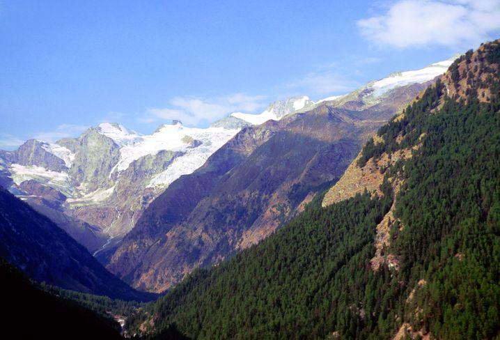 Im italienischen Gran Paradiso Nationalpark können Wanderer einen Gletscherberg von mehr als 4000 Metern Höhe besteigen