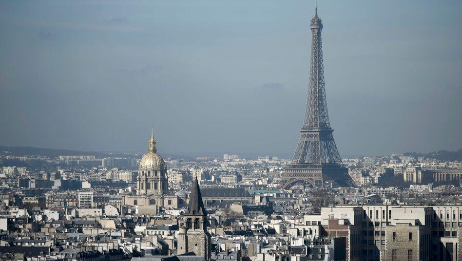 Für Paris gilt nun wieder eine Reisewarnung