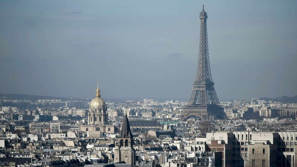Eifelturm und Invalidendom in Paris