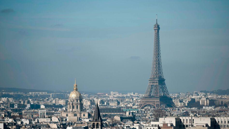 Skyline von Paris: Frankreich droht der härteste Wirtschaftseinbruch seit dem Zweiten Weltkrieg