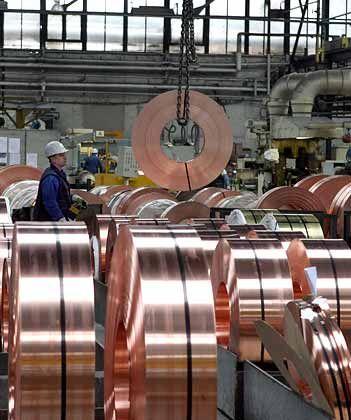 Metallverarbeitung: Tausende neue Stellen geschaffen