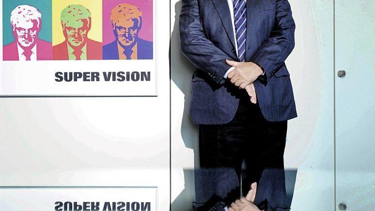 """Großvisionär: Aufsichtsratschef Hasso Plattner (hier in seinem Büro in Walldorf) forderte eine """"happy Company""""."""