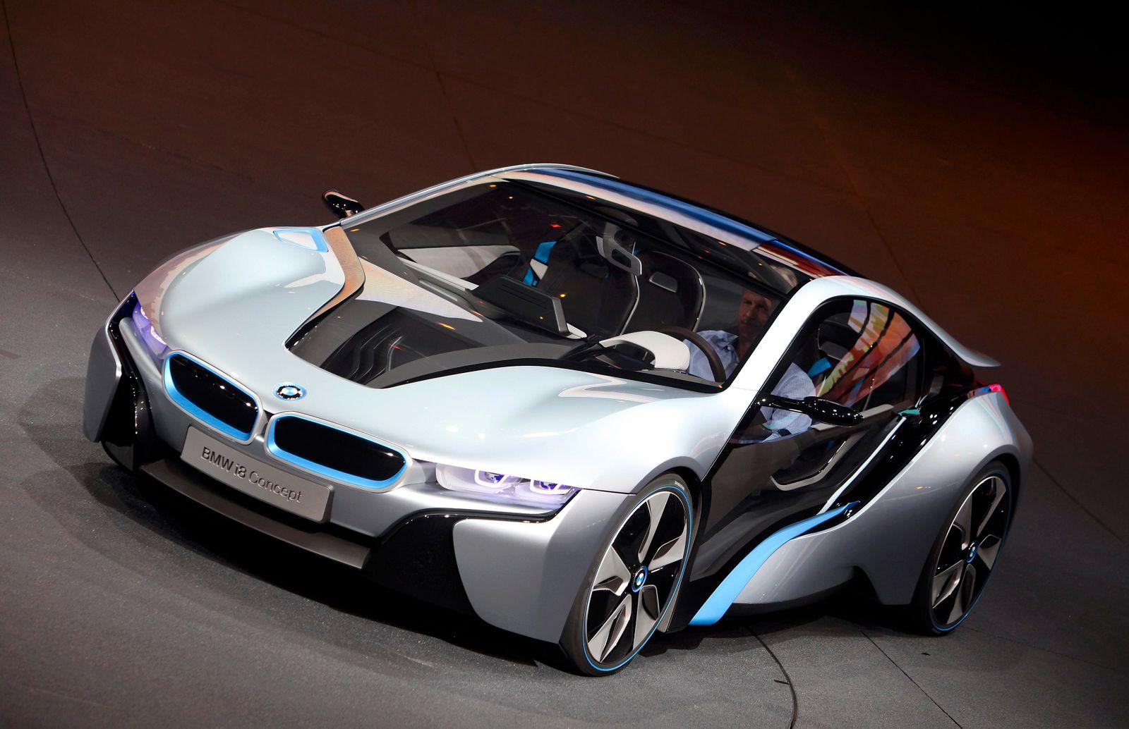 IAA / BMW i8