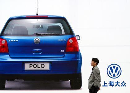 Wettbewerber legen kräftig zu: Werbeplakat für VW Polo in Schanghai