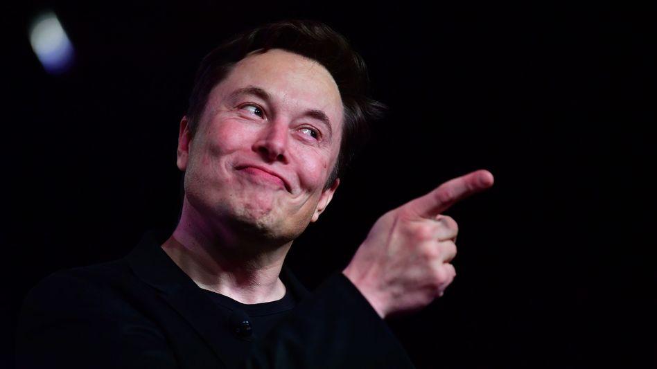 Mag's bekanntlich gern groß: Tesla-Chef Elon Musk prognostiziert für sein Unternehmen einen Börsenwert von bis zu 500 Milliarden Dollar