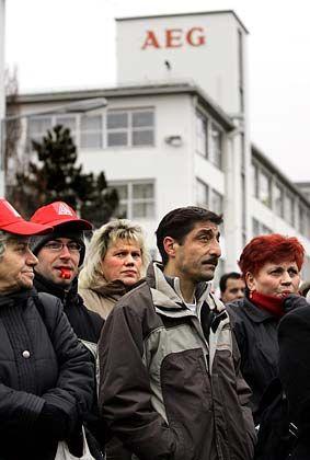 """""""Bis zum Äußersten"""": Proteste vor dem AEG Werk Nürnberg"""