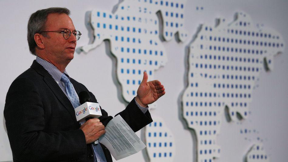 Konzern mit Weltgeltung: Doch Google-Verwaltungsratschef Erich Schmidt versucht derzeit bei Auftritten in Deutschland, die Bedeutung des Suchmaschinenbetreibers herunterzuspielen