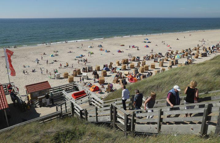 Strand auf Sylt: Touristen dürfen nicht mehr auf die Nord- und Ostseeinseln reisen