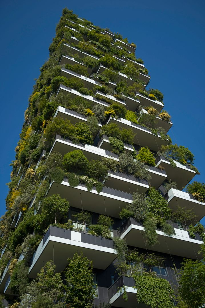 """Modell für grüne Luxusappartements: """"Bosco Verticale"""" (Der senkrechte Wald) in Mailand."""