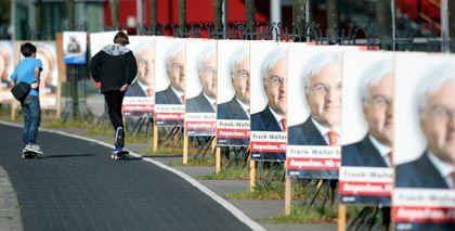 Die Entscheidung naht: Am Sonntag fordert Außenminister Steinmeier Bundeskanzlerin Merkel heraus