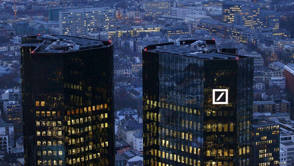 Under construction: Zentrale der Deutschen Bank in Frankfurt.