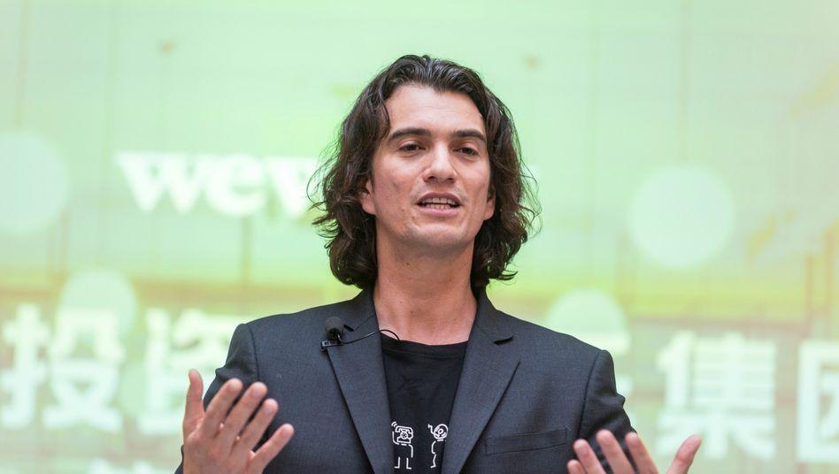 Adam Neumann, Gründer des Coworking- und Immobilien-Start-ups WeWork, verspricht zum IPO und mindestens ein Jahr danach keine weiteren Anteile zu verkaufen