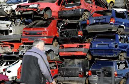 Schrottplatz: Noch läuft das Geschäft mit dem Abwracken. Doch es droht ein harter Fall, so die Unternehmensberatung Roland Berger