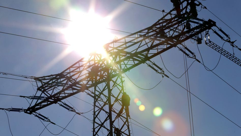 Teures Netz: Die EU sieht die Befreiung industrieller Großstromverbraucher von den Netzentgelten als unerlaubte Beihilfe an