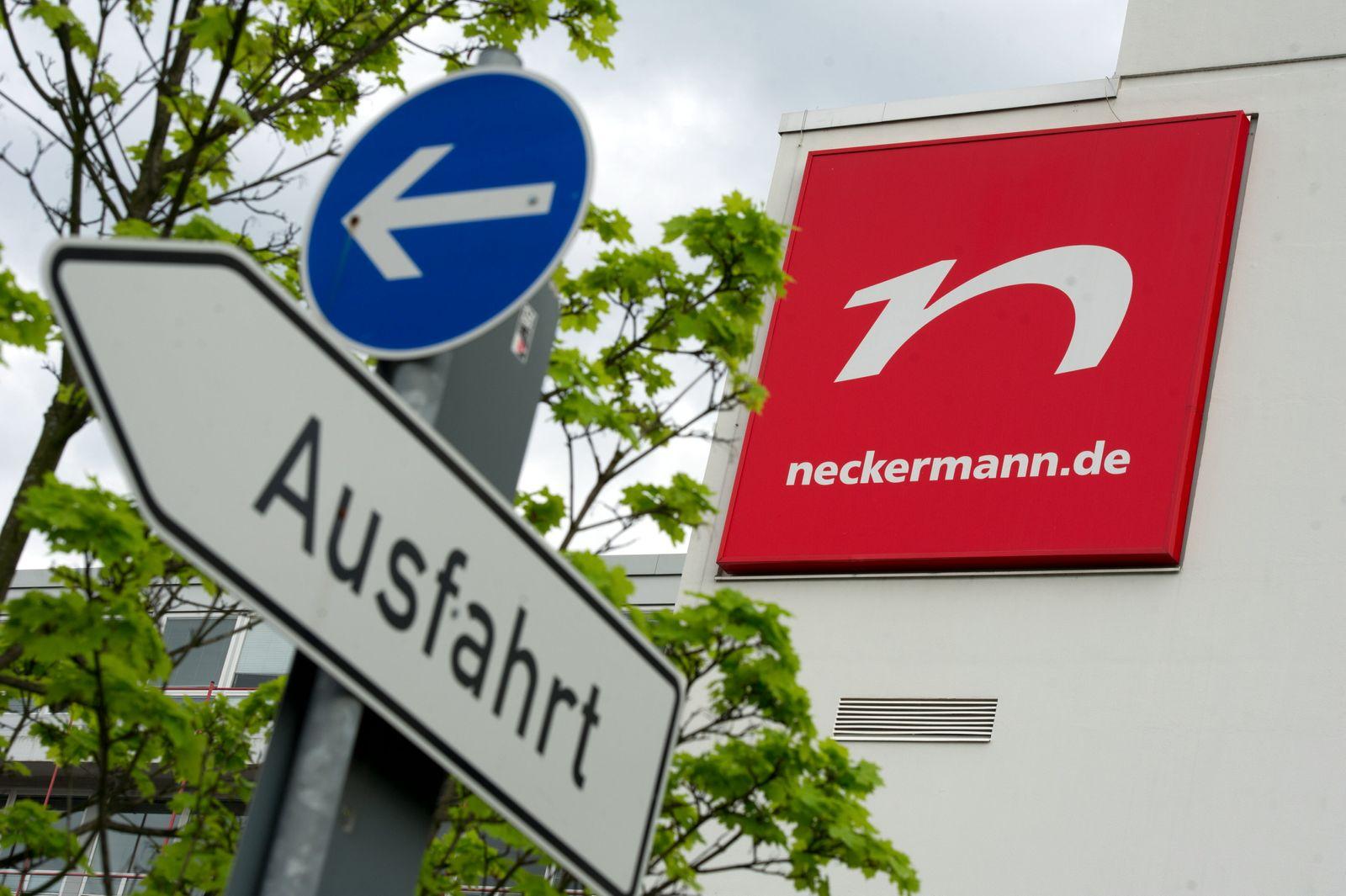 NICHT VERWENDEN Neckermann / Ausfahrt