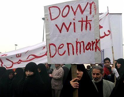 Dänemark als erstes Ziel: Nicht nur in Teheran, Beirut, Damaskus, Kairo und Djakarta schlägt die Empörung hoch