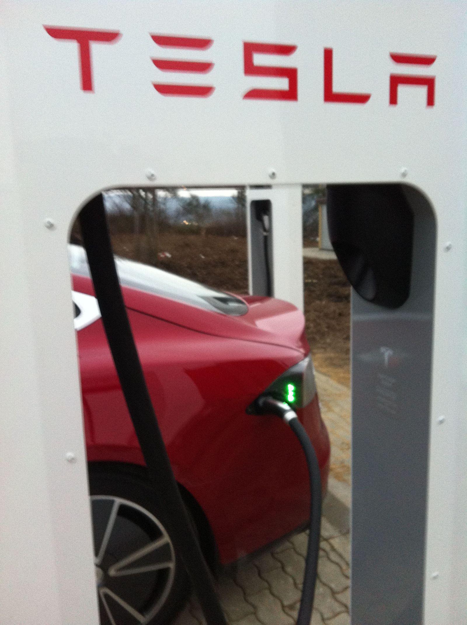 Tesla Model S Wilnsdorf