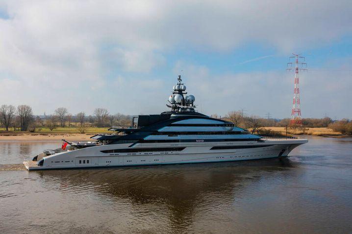 """... und so sieht es aus: Mordaschows neue Motoryacht """"Nord"""""""
